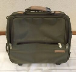 Briggs amp; Riley Travelware Olive Baseline Companion Tote on Wheels $200.00