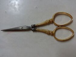 18k Kt Gold Handle Antique Sewing Embroidery Nice Detail Small Cutting Scissors