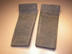 Cub Cadet Tractor Mower 1541 Foot Rest Treads Pads