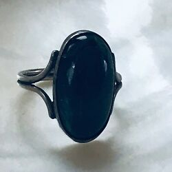 Vintage Large Oval Dark Blue W Hints Of Green Stone In Nonmagnetic Silver Settin