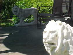 White Carrara Marble Lions Hand Carved Lot Of 2 Facing Left