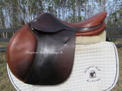 18 Beval Butet French Close Contact Jumping Saddle 1.5 Flaps- Wide Tree
