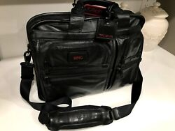 Tumi T-Pass Deluxe Business Briefcase Laptop Bag Black Leather Messenger Bag New