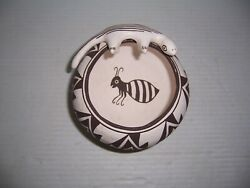 Dolores Lewis Acoma Native American Pueblo Indian Bee And Lizard Pottery Jar Pot