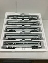 Mth 20-65240 New Haven 5-car 70' Streamlined Passenger Set-ribbed O Scale 3 Rail