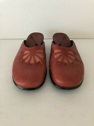 Clarks Womens Size 9 12 Red Mule Slides Flower Cutout Pattern Round Toe