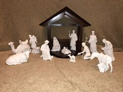 Lenox The Nativity 13 Piece White Porcelain Figurines With Wood Creche/stable