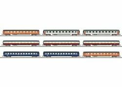 Marklin 87409 Z Scale Car Display With 9 Different Eurofima Passenger Cars
