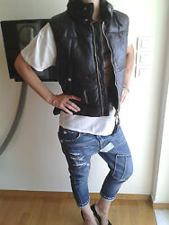 Authentic very rare DSQUARED Real Down leather vest mod.72FB016 size.42