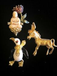 Stunning Lot Of 3 Vintage Signed Brooches Pins