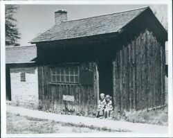 Press Photo First Schoolhouse In Wyoming Fort Bridger