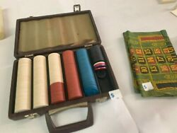 Poker Chip Carrying Case W/personalized Chips And 2 Green Casino Gaming Table Felt