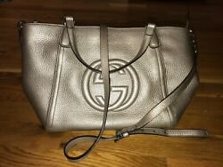 AUTHENTIC CHAMPAGNE GUCCI GOLD SOHO TASSEL LEATHER HANDBAG PRE LOVED $650.00