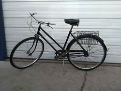 Vintage Dunelt Bicycle Made In England Rare And In Excellent Condition. 3 Speed