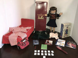 American Girl Doll Pleasant Company Molly Large Lot With Bed And Extras