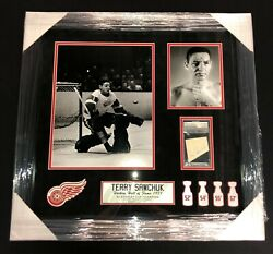 Terry Sawchuk Signed Detroit Red Wings Framed Piece Psa/dna