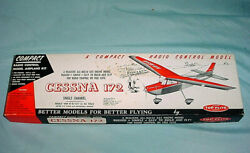 Top Flite Compact 30 Wing Span R/c Free Flight Cessna 172 Model Airplane Kit