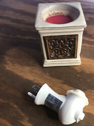 Scentsy Warmer Plug In No Blurb Works