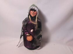 Byers Choice Spooktacular 2016 Halloween Witch Witchy Girl With Pumpkin