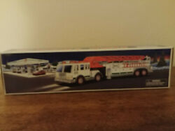 2000 Millenium Hess Gas Station Toy Fire Truck With Sounds And Lights Nib