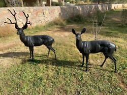 Life Size Couple Deer Buck Aluminum Statue Painted Dark Brown Male And Female