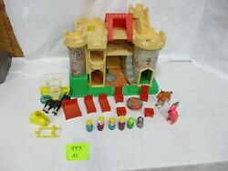 Fisher Price Little People 993 Castle Dragon 100 Play Family Queen Knight M