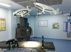 Hospital Led Operation Theater Light Double Ceiling Lamp Intensity-160000 X2 Lux