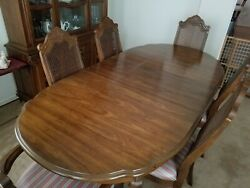 Classic Bernhardt Furniture Dining Table +++ Solid Quality Made In Usa