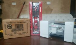 Texaco Lot Replica Gas Station 1913 Ford Model T Delivery Truck And Gas Pump Bank
