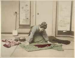 C.1880and039s Photo - Japan Working With Material / Girls At Home