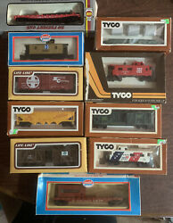 Lot Of Tyco,model Power , And Life-like Trains. 9 Trains Total.