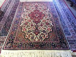 Fine Quality Antique Wool And Silk Hand Knotted Rug Carpet Runner