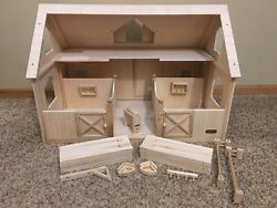 Pre-owned/usedbreyer Traditional Horse Wood/wooden Barn W/stalls Fencingstall