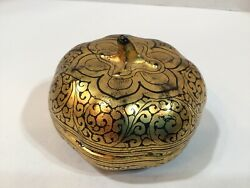 Vintage Japanese Lacquer Covered Gold Gilt Gourd Box 3andrdquo H 1960s