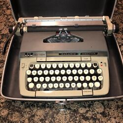 Vintage Smith Corona Galaxie Deluxe Manual Typewriter W/ Case And Red Black Ribbon