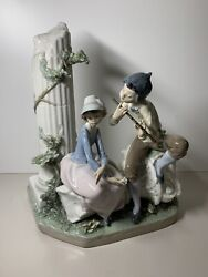 Lladro Figurine - Lovers Serenade 5382boy Playing Flute For Girl Free Shipping