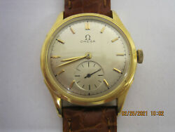 Vintage 1920and039s Omega 18k Gold Self Winding Menand039s Watch