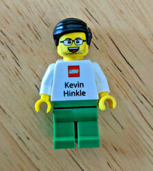 Lego Kevin Hinkle Community Manager Business Card Minifigure Rare Employee