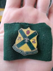 1930s Wwii 200th Field Artillery Scatter Come Together Pin