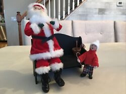1998 Byers Choice Carolers- Santa On Bench With Candy Canes And Kindle-retired