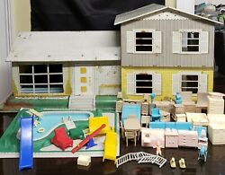 Vintage Marx 1960and039s 124 Tin Split Level Dollhouse Pool And Misc. Mcm Furniture