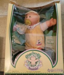 Vintage 1984 Cabbage Patch Kids Doll In Original Box W/papers