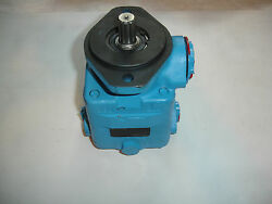 Eaton Power Steering Pump 02-142292-1 V20f-1s8s-38a6g-22 502461-1 7 Ton Vickers