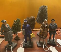 Lot 7 Vintage Lionel Train Figurines Made In Japan And Trees