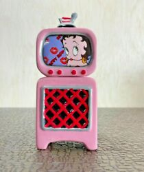 Betty Boop 2 Pc Television Salt And Pepper Shakers
