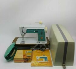Vintage Singer Touch And Sew Sewing Machine Deluxe Zig Zag Model 628 Bundle Exc