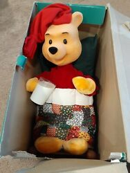 Disney Telco Animated Pooh In Bed 1995 Christmas At Our House Holiday Display