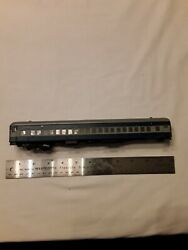 Ho Scale Passenger Car With Central Valley Trucks. Bando Paint Scheme Ho1982420