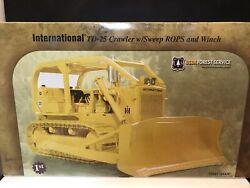 U.s. Forest Service International Td-25 Crawler W/rops And Winch 1/25th Scale