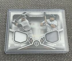 Miguel Cabrera / Ivan Rodriguez 2021 Topps Tribute Dual Relic 020/150 - Tigers